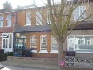 2 bedroom property in Woodland Road...