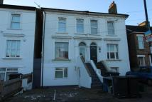 Flat in Grant Road, Addiscombe...