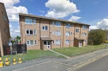 Flat to rent in London Road...