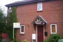 2 bed house in Foxcroft Close...