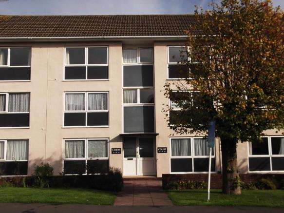 2 bedroom apartment to rent in cairns court cairns road