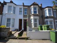 3 bed property in Bostall Lane, London, SE2
