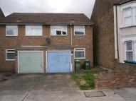 3 bed house in Abbey Wood Road, London...