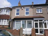 3 bed semi detached house to rent in Barnfield Road...