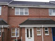 2 bedroom house to rent in Lowry Close, Erith, DA8