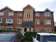 1 bed Flat to rent in Shortlands Close...