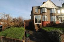 property to rent in Holmsdale Grove, Bexleyheath, DA7