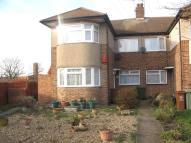 Flat to rent in Bellegrove Close...