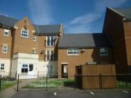 Flat to rent in Empire Walk, Greenhithe...