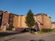 Flat to rent in Dunlop Close, Dartford...