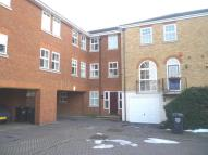 Frobisher Way Flat to rent