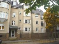 2 bed Flat to rent in Ingress Park Avenue...