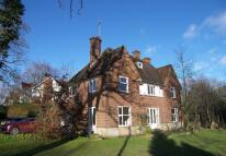 4 bed Detached home in Manor Road, Dorridge