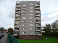 Flat to rent in Becton Place, Erith, DA8