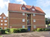 2 bed Flat to rent in Canada Road, Erith, DA8