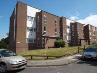 Flat in Kempton Close, Erith, DA8