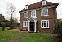 8 bed Detached property in Wested Farm House...