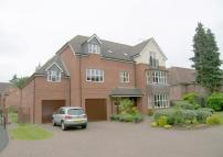 2 bed Apartment for sale in Warwick Manor, Solihull