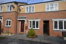 Town House to rent in Caernarvon Avenue, Stone