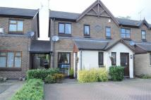 2 bed Mews to rent in 16 Meadowbrook Court...