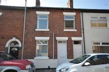3 bed Terraced house to rent in Victor Street, Stone
