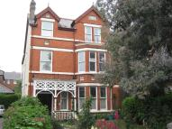 Flat to rent in Ellesmere Road...