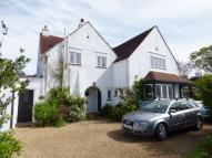 5 bed Detached home in Victoria Avenue...