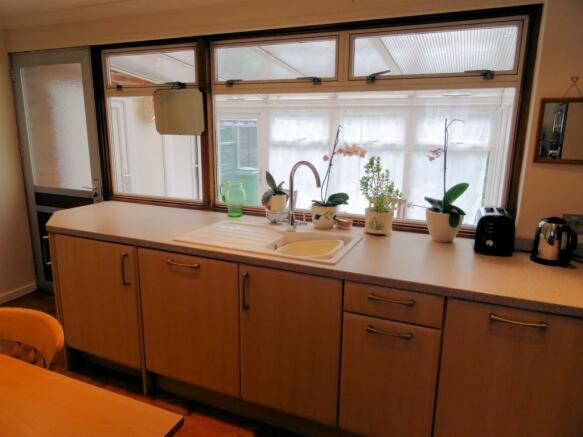 Kitchen/Brk