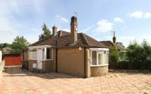 2 bedroom Bungalow in Carr Manor...