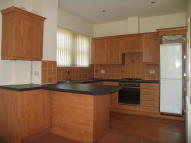 Apartment to rent in Oxford Road, Guiseley...