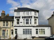 Flat to rent in Hughenden Road, Hastings...