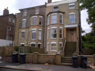 2 bed Apartment in Knollys Road