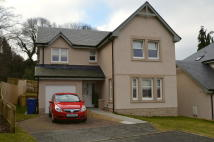 Detached property in West Mill pend Lasswade...