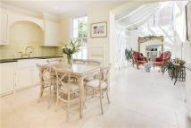 3 bed home in The Porticos, Kings Road...