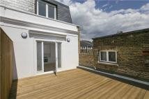 Flat for sale in Caroline Walk, Fulham...