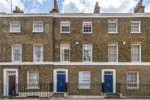 Terraced house in Gillingham Street, London