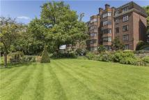 2 bedroom Flat in Armstrong House...