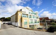 2 bed Flat in Southbourne Overcliff...