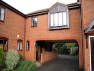 1 bedroom Flat to rent in Leeds Avenue, Worcester,