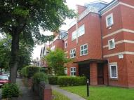 Flat to rent in Gresham Court...