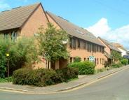 Flat in Stephensons Court, Slough
