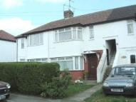 Ground Flat to rent in Stafford Ave, Slough
