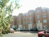 1 bedroom Flat in Pickford Gardens, Slough