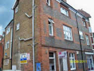 Flat to rent in Bankside, Maidenhead