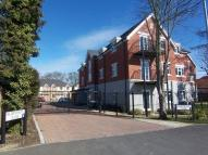 Flat to rent in Aldenham Close, Slough