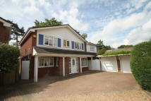 5 bedroom Detached home to rent in Freemans Close...