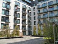 2 bedroom Flat in Mosaic Apartments