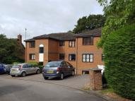 Flat to rent in Ruscombe