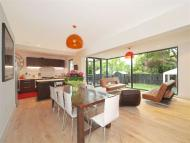 4 bed property to rent in Upper Richmond Road...