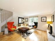 2 bed house to rent in Putney Hill, Putney...